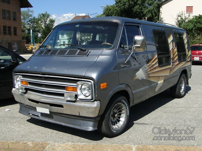 dodge-adventurer-200-van-1978-01