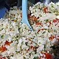 Taboulé de chou-fleur cru aux deux tomates