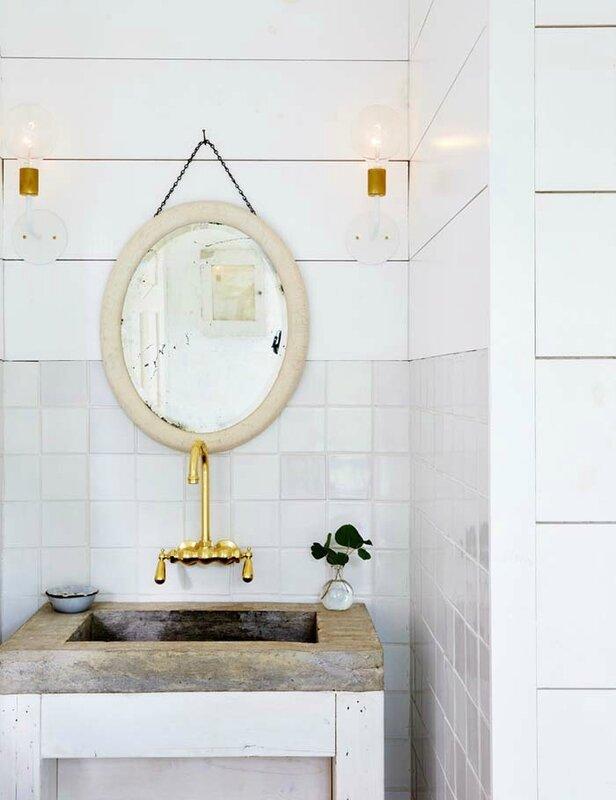 farm-house-fresh-gold-and-taupe-and-white-bathroom-58de8dc1dcbc5e748a046cbe-w1000_h1000