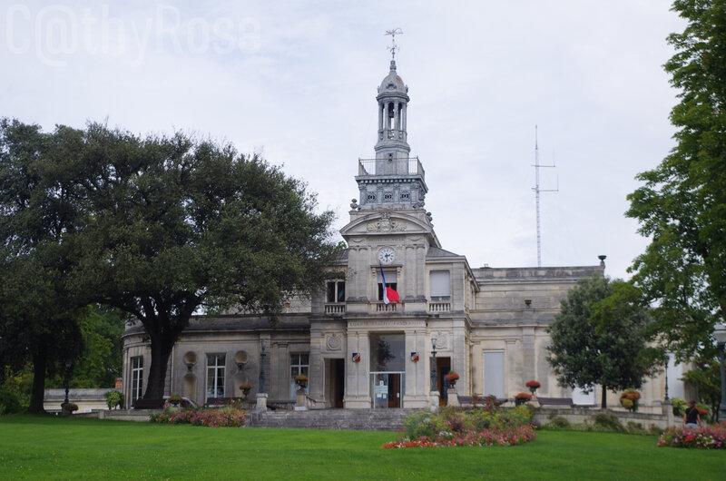 && Hôtel de Ville et jardin (3)