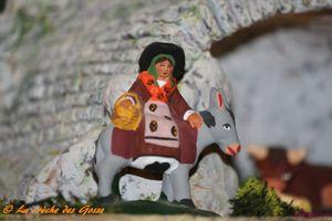 Crèche - Margarido sur l'âne