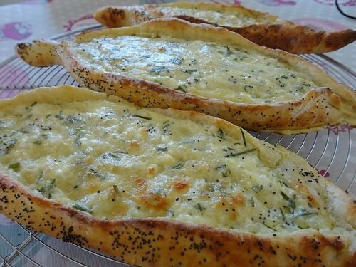 Gourmandine - Pide au fromage