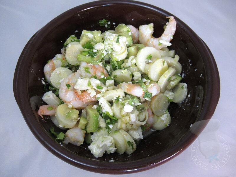 Salade de coeurs de palmier, crevettes, féta