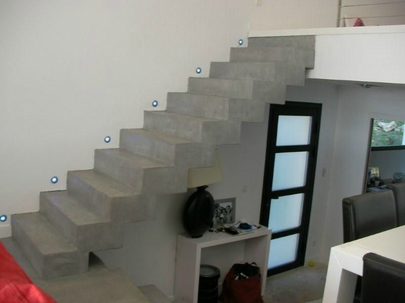 escalier b ton cir gris novembre 2009 betons cires. Black Bedroom Furniture Sets. Home Design Ideas