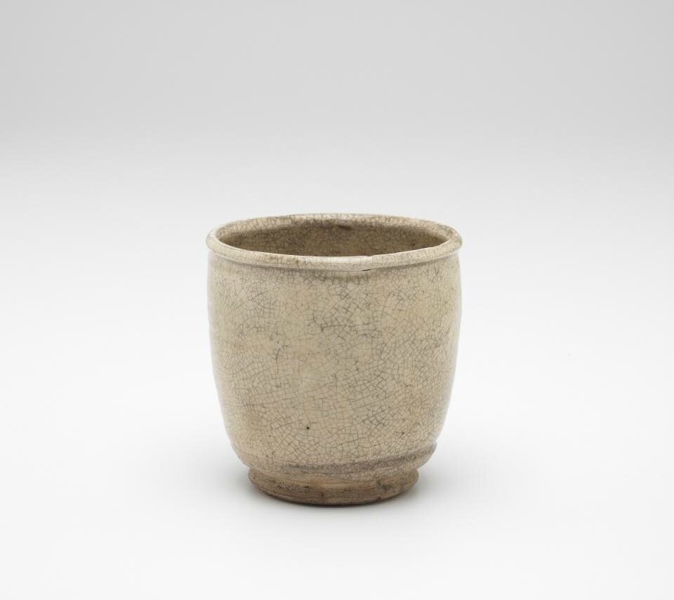Beaker with small foot ring, Vietnam, 13th century-14th century