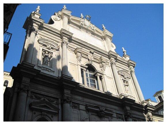 Une des nombreuse églises