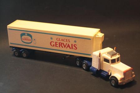 K31_Peterbilt_Refrigerator_Truck_Glaces_Gervais_02