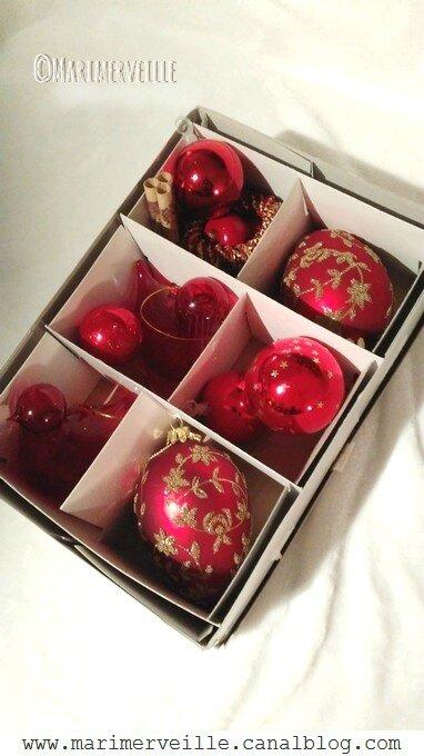 Décorations Noël russe - boules rouges - Marimerveille