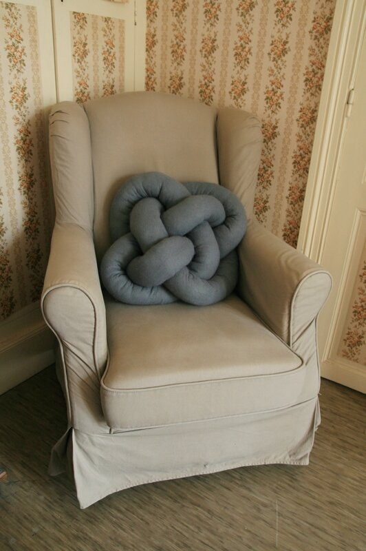 coussin-noeud-fauteuil