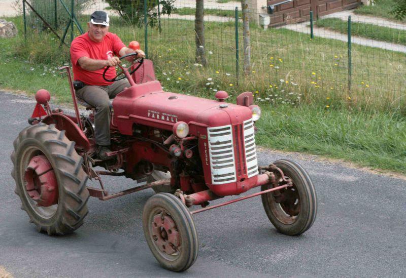 CORNUS - Rando tracteurs 2011 - Farmall