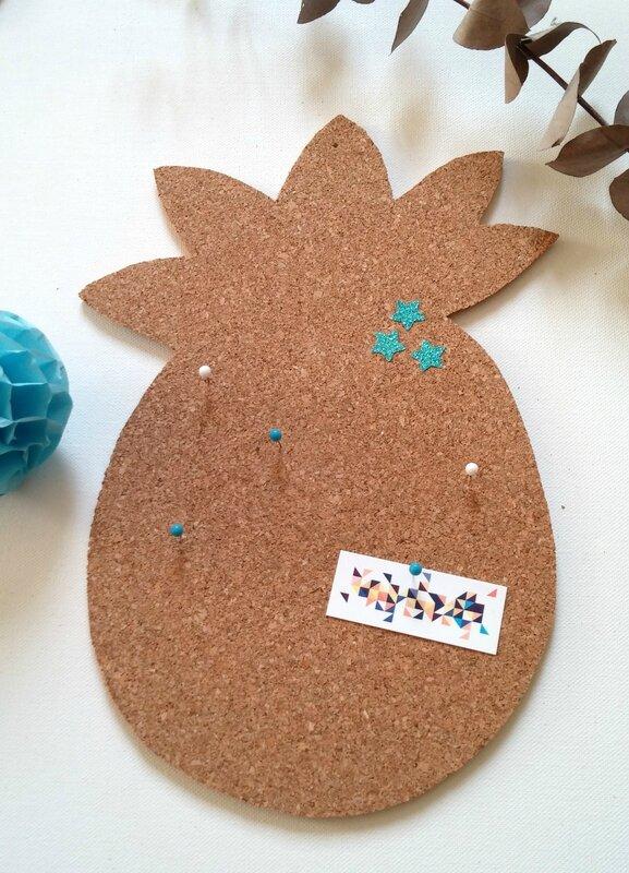 pineapple-pinboard