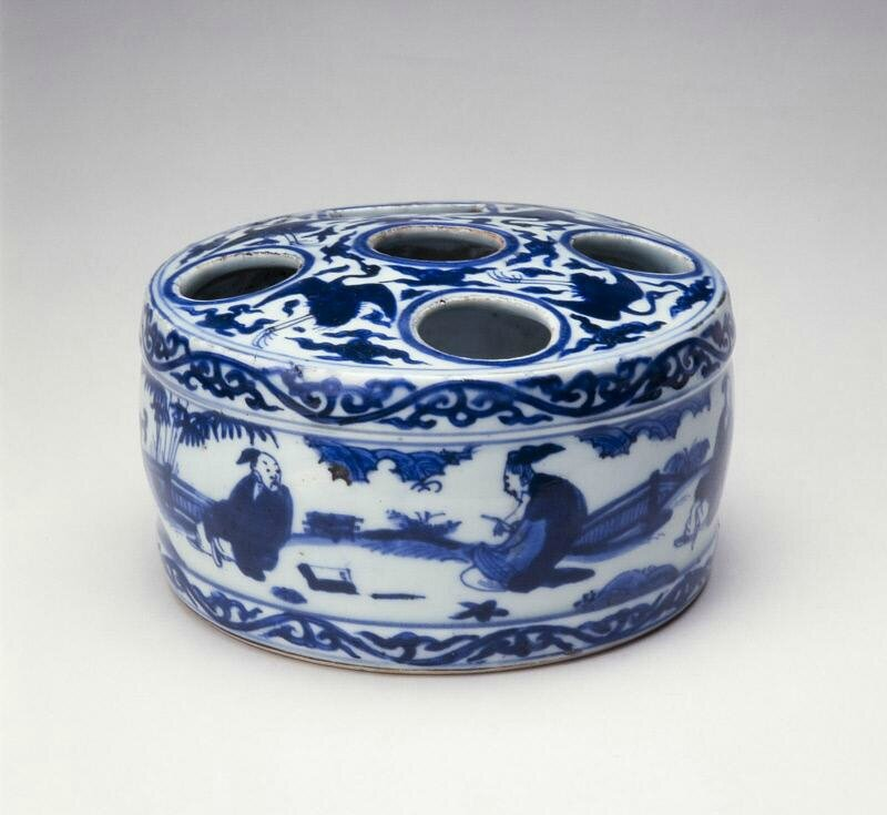 Container for ink sticks, Ming dynasty, Jiajing six-character mark within double-circles and of the period (1522-1566)
