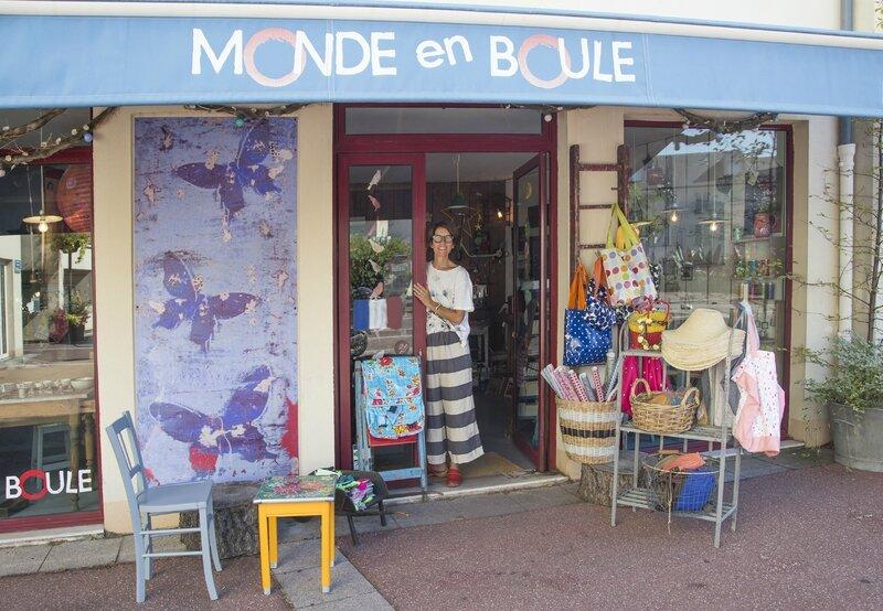 Exterieur Bout_LeMondeEnBoule