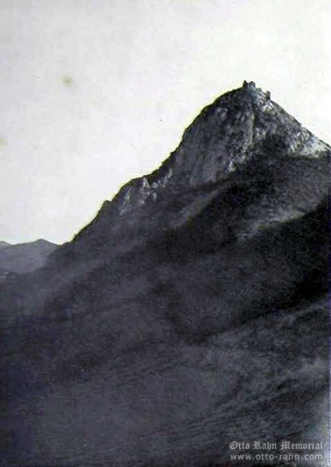 Photo de Montségur par Otto Rahn
