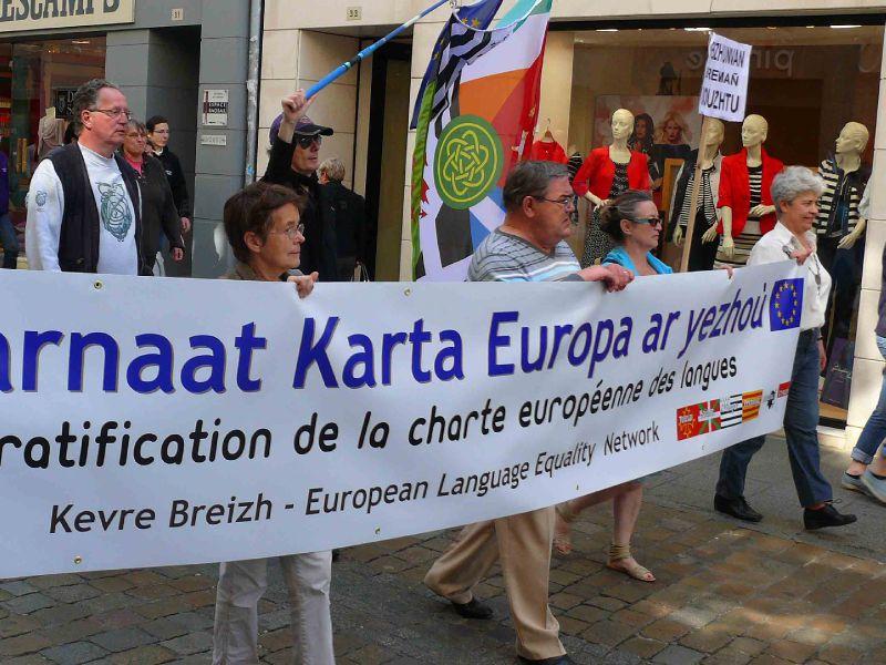 Pour la ratification de la Charte européenne des langues région