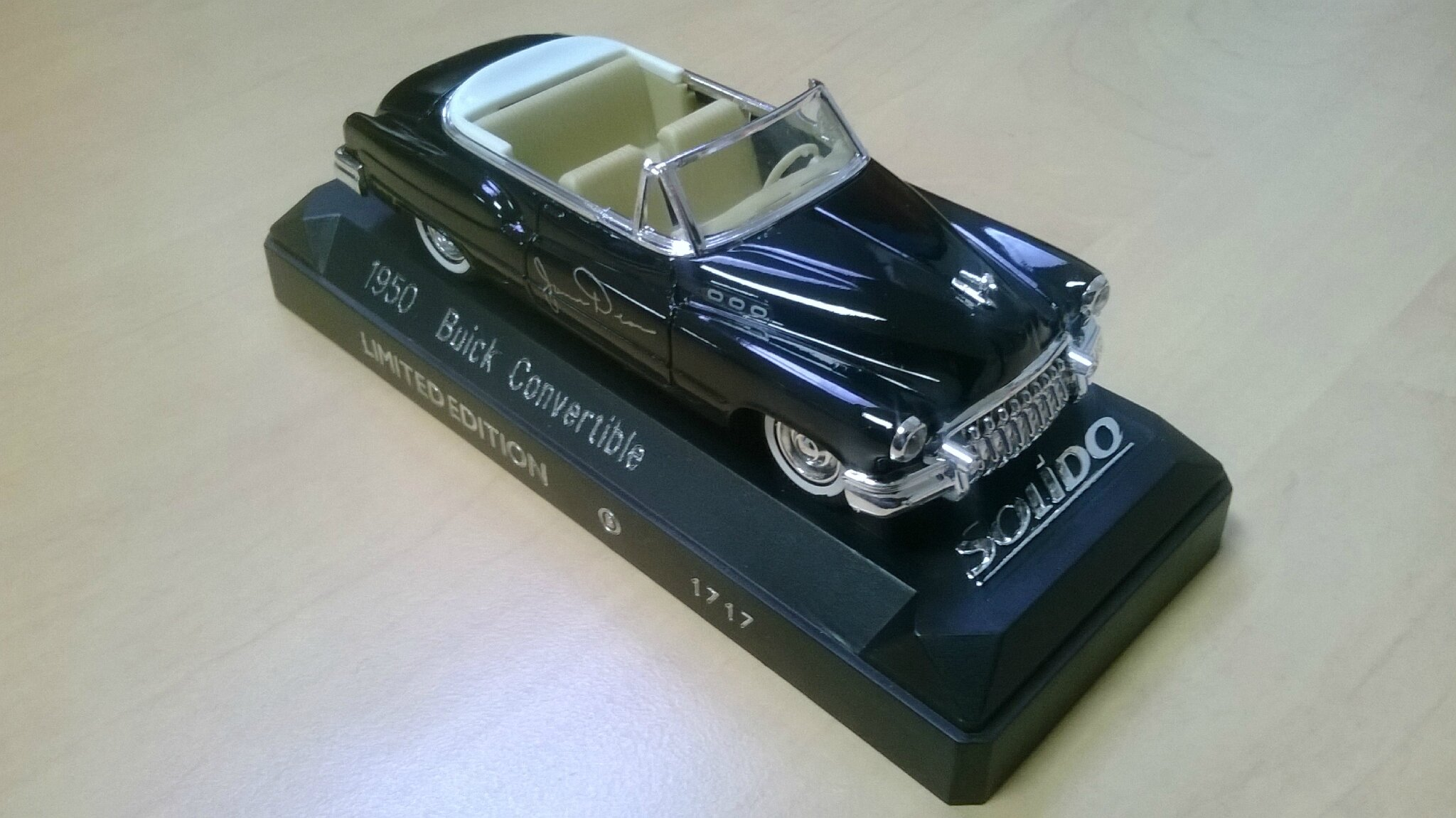 9901_James Dean_Buick Convertible 1950_02