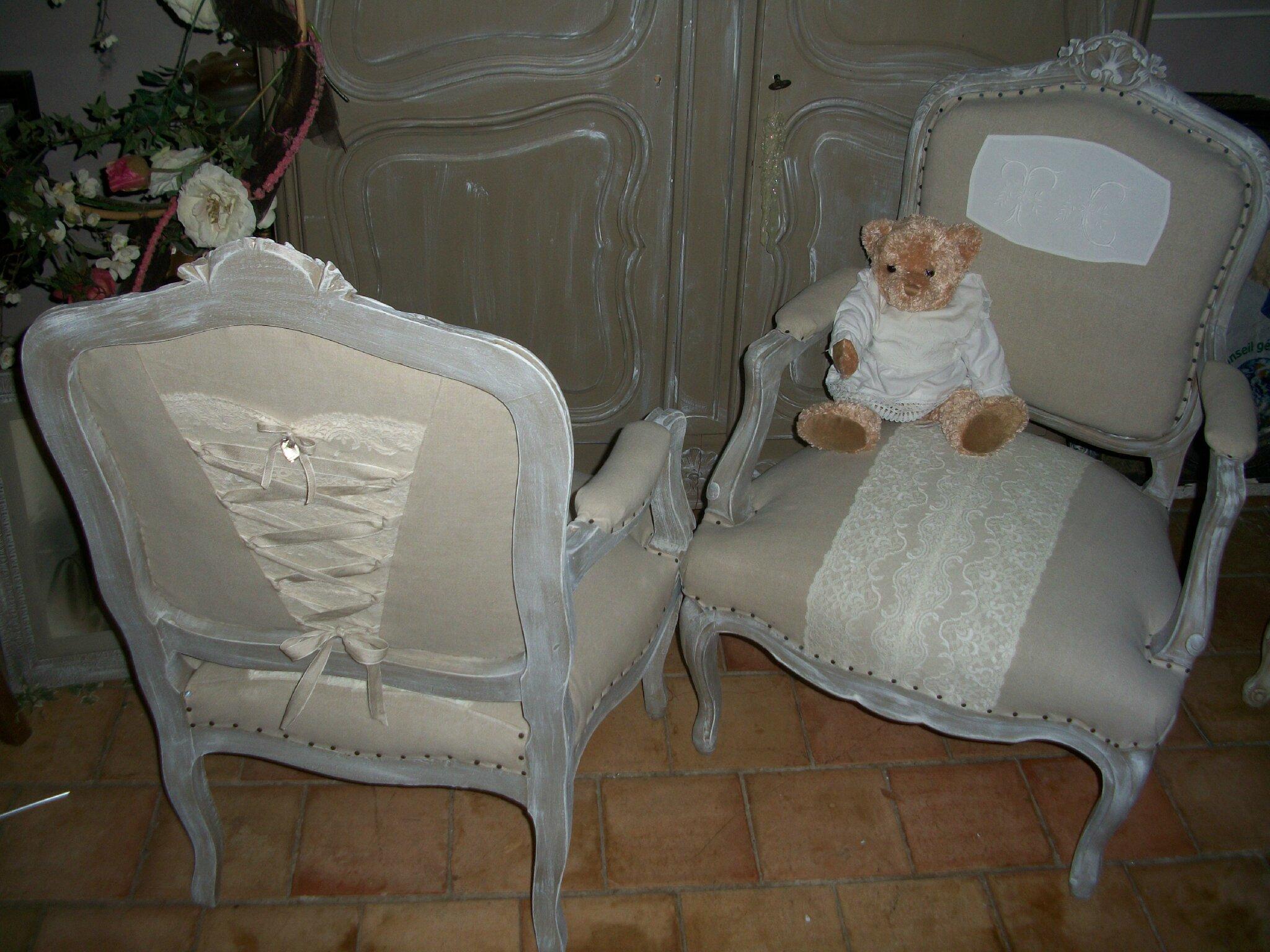 fauteuils à l'heure du recyclage