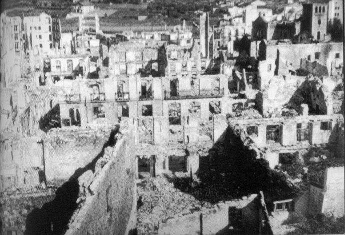 Photo du bombardement de Guernica