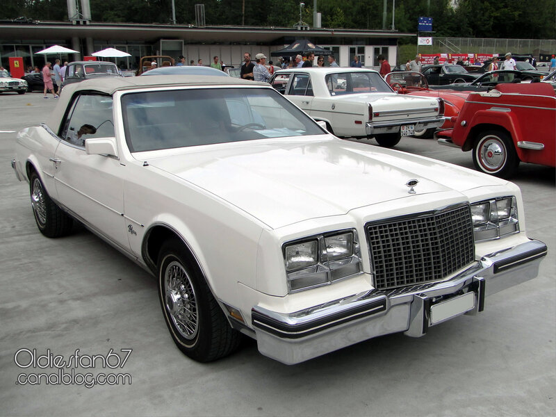 buick-riviera-s-type-convertible-1982-01