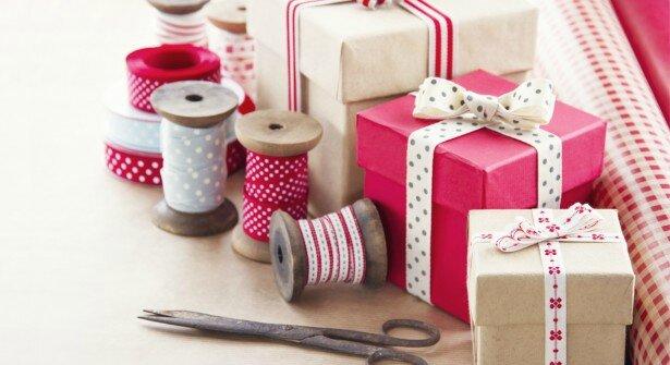 ouv-paquets-cadeaux-615x335