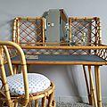 Rare coiffeuse en rotin vintage et sa chaise