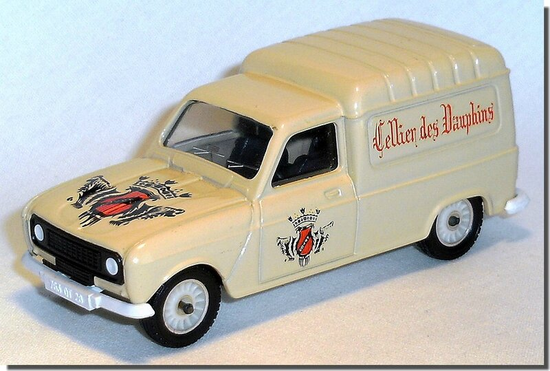01 Solido Renault 4 fourgonnette Cellier des Dauphins 1