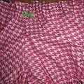 Culotte BIANCA en coton pied de poule rose - noeud vert (1)