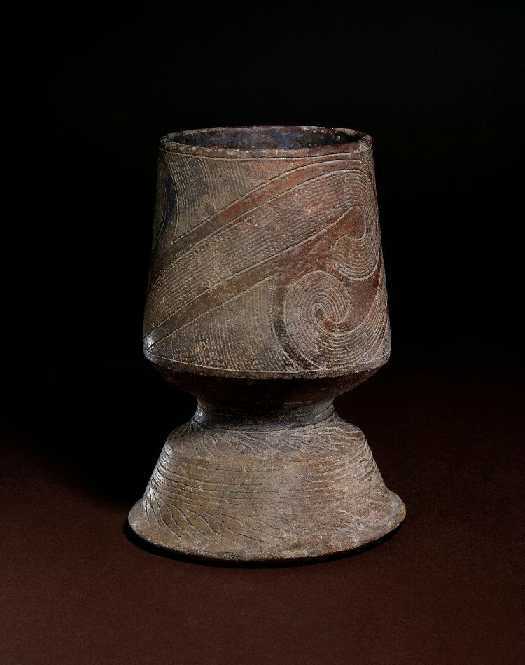 Tazza. Phung Nguyên, 3000BC-1500BC, Vietnam. Made of pottery. Height: 8.2 inches. Diameter: 5.8 inches. From Sir Augustus Wollaston Franks. Franks.3100. British Museum © The Trustees of the British Museum.