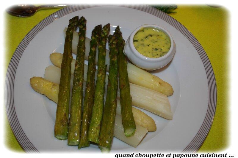 asperges vertes et blanches sauce fines herbes-8453
