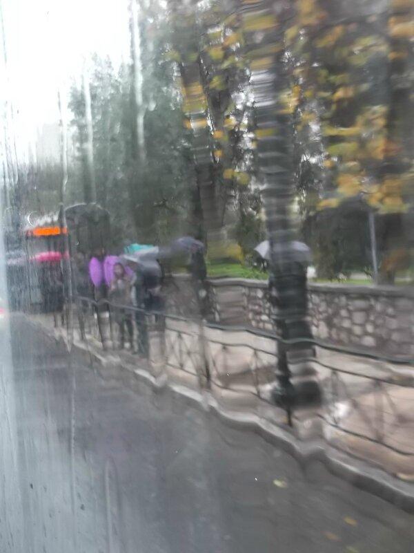 sous la pluie déc