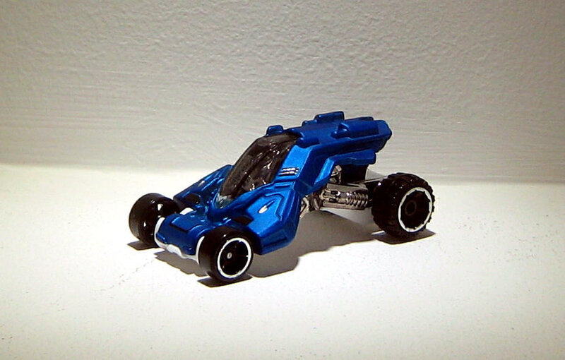 Max steel turbo racer (2014)(Hotwheels)