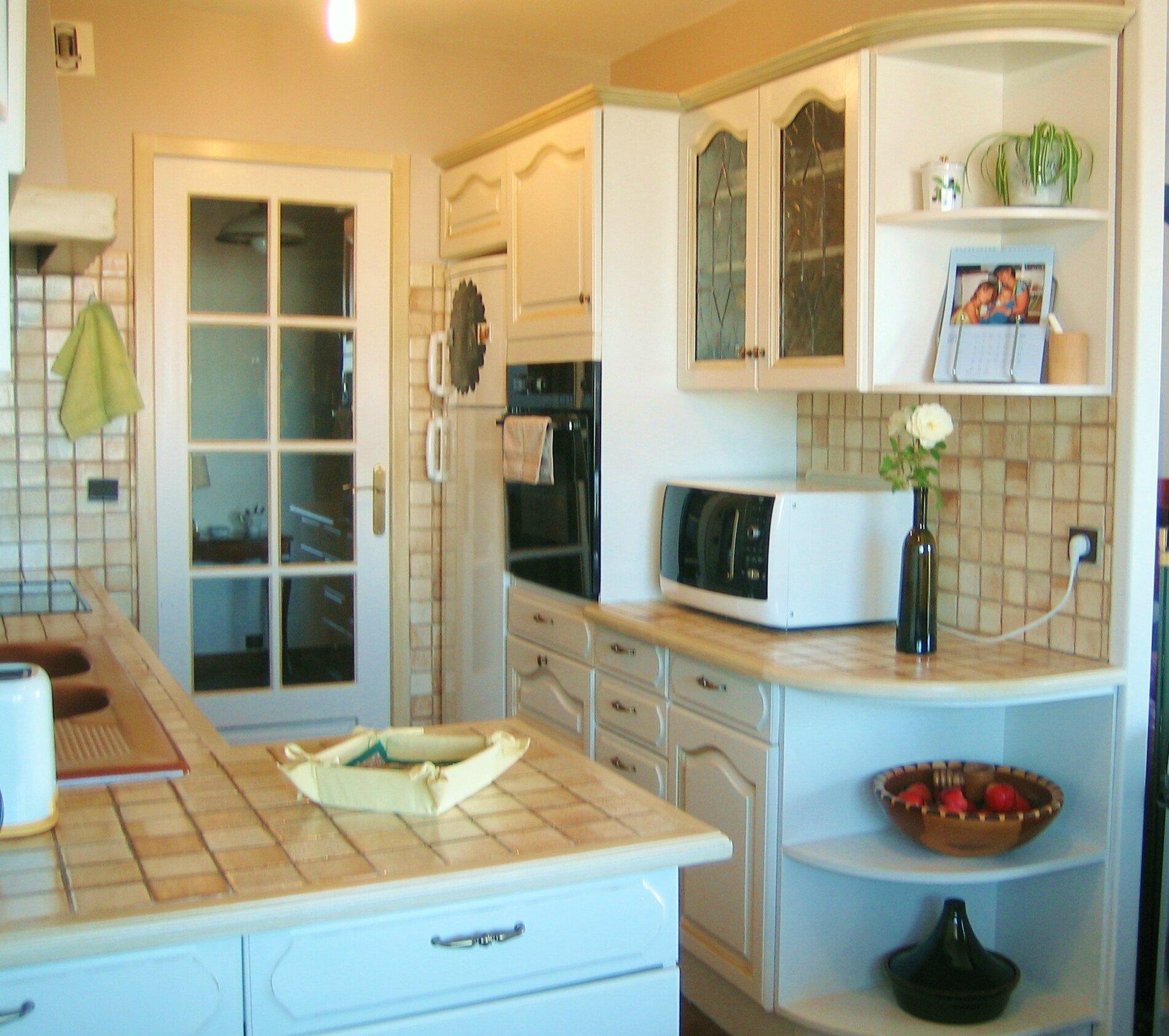 Nouveau look pour cette cuisine peinte et patin e la - Photo de cuisine ...