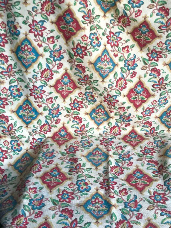 TEXTILE STYLE JACOBAIN property deals