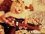 courtney_love_1992_by_alan_levenson_03_4