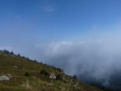 2009 09 25 Mer de nuages depuis le sommet du Mont Mézenc (6)