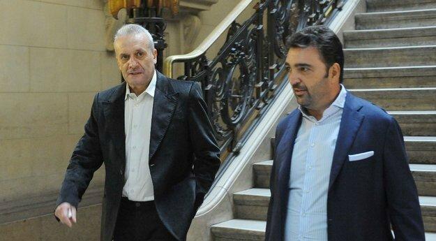 Angelo Guazzelli avec son avocat