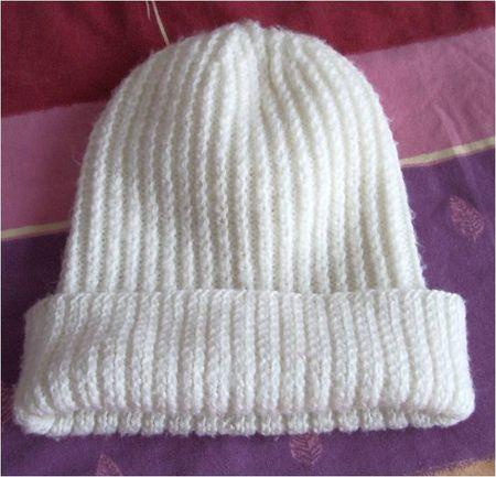 bonnet tricot beige en côtes