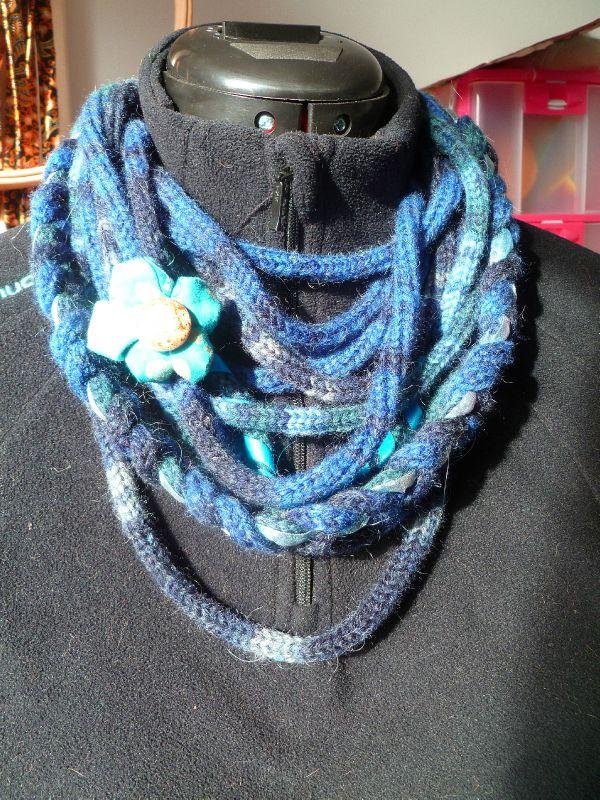 bleu avec fleur