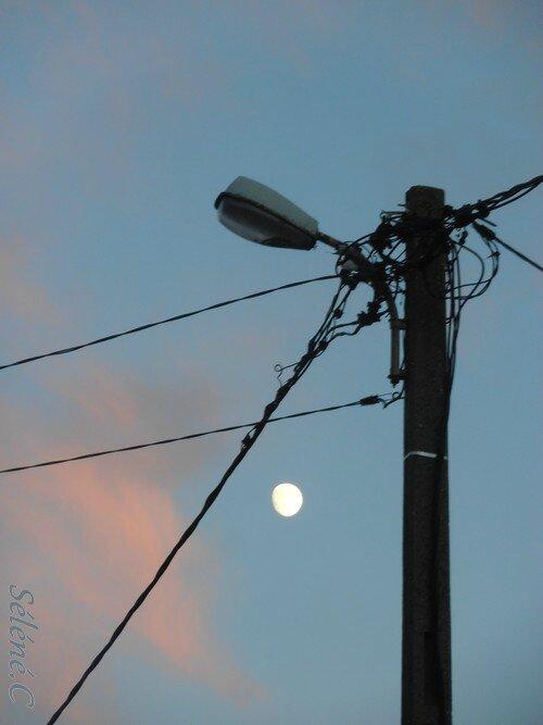 2016-Lampe-et-lune