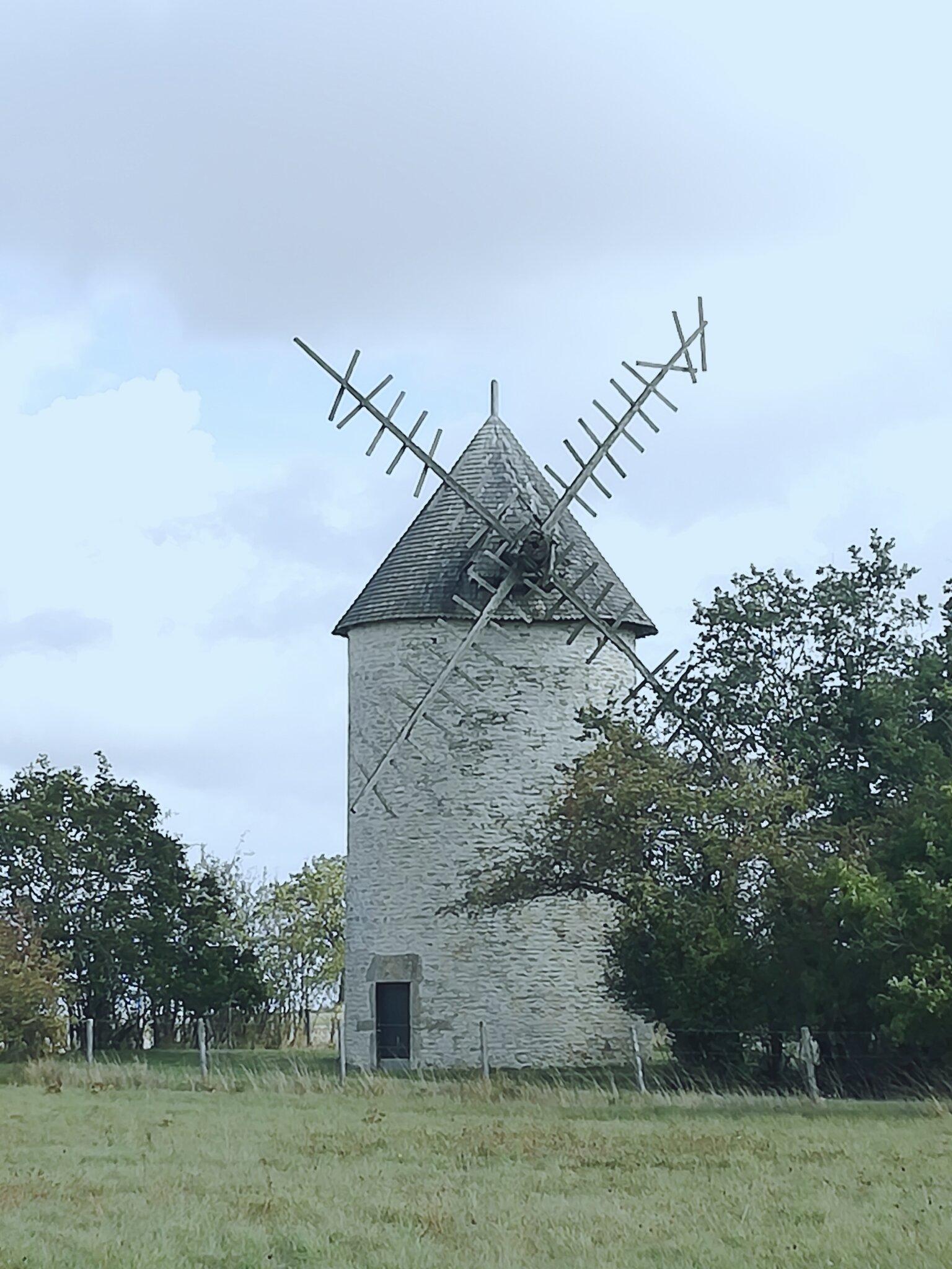 Moulin_St_Jean_de_Sauves