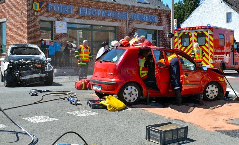 HIRSON 2014 ACCIDENT AVENUE JOFFRE PIJ véhicules