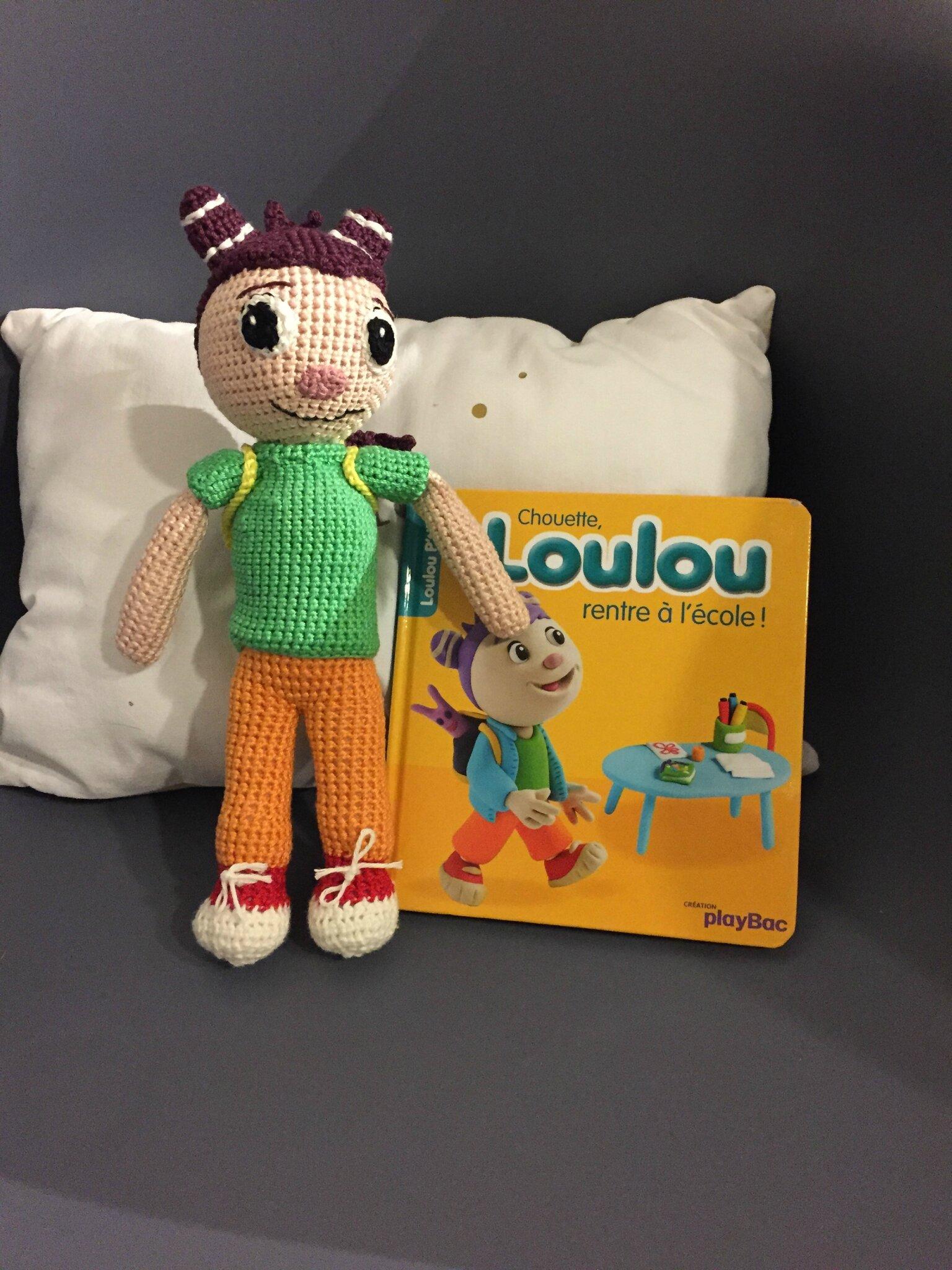 Loulou va à l'école