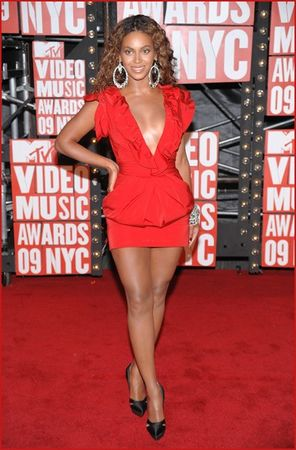 beyonce_attends_the_2009_mtv_video_music_awards