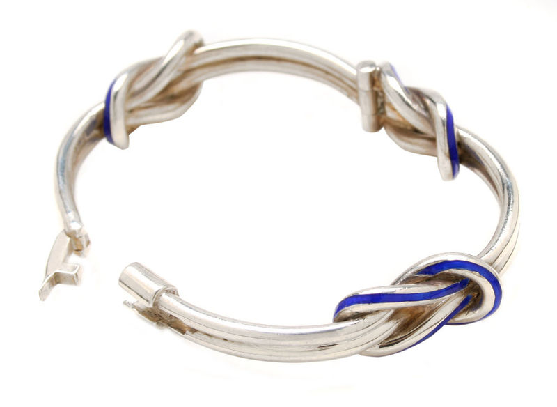 43df97422 Gucci Sterling and Enamel Knot Bracelet, Italy, c.1970 © 1stdibs.com, Inc.  2009