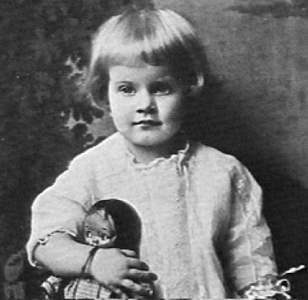 jean-1915-baby-1