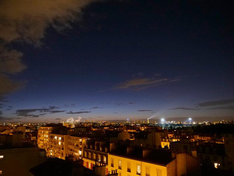 Phare dans la nuit par Francois Montagnon auteur-Photographe-© 2017 FOM'SEL & Thanon Oδυσσεύς