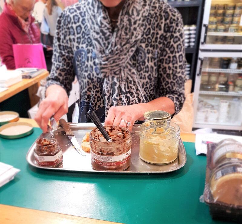 chez cathytutu salon du chocolat lyon 2019 foie gras figuechocolat