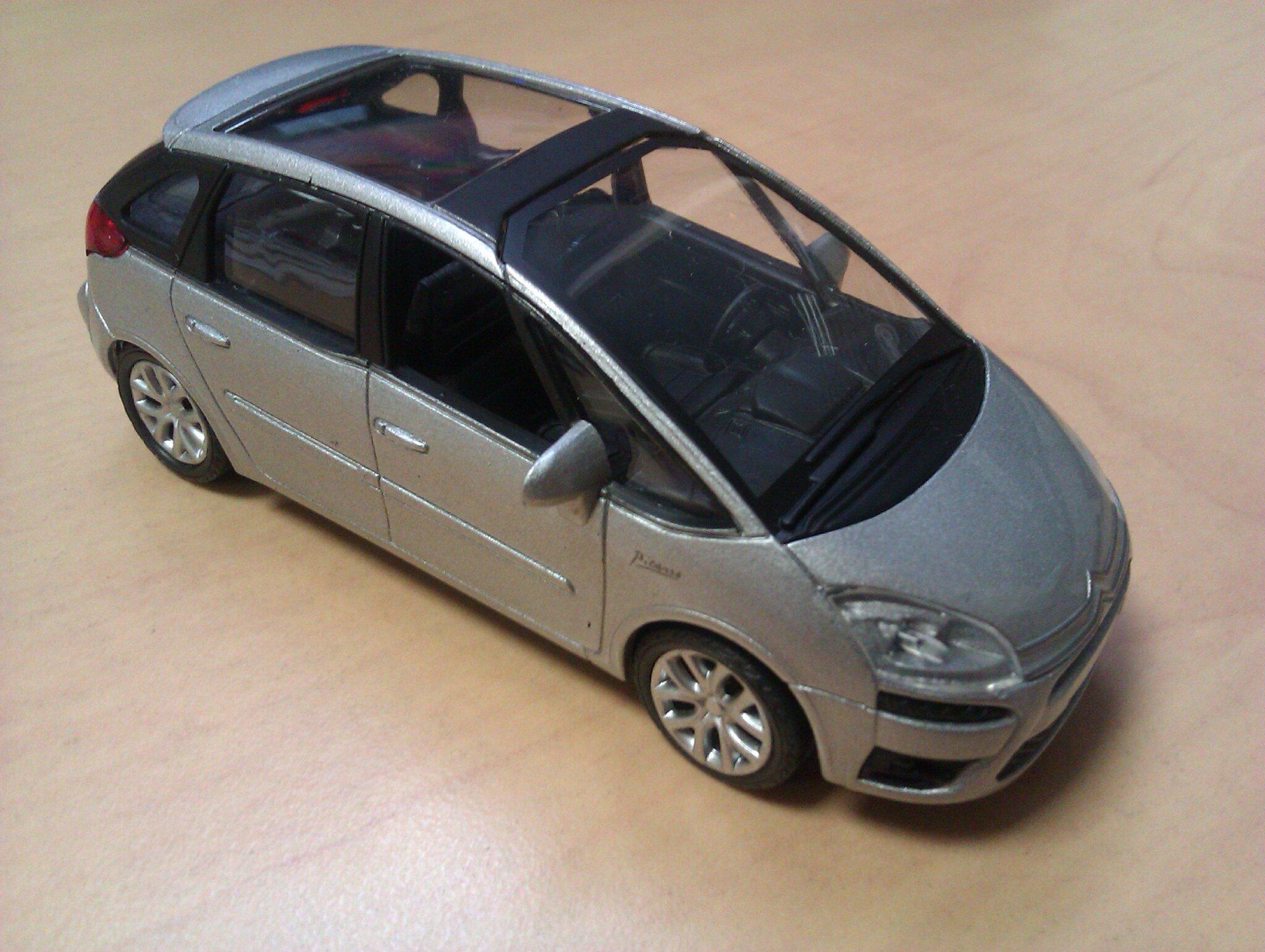 Citroën C4 Picasso_02
