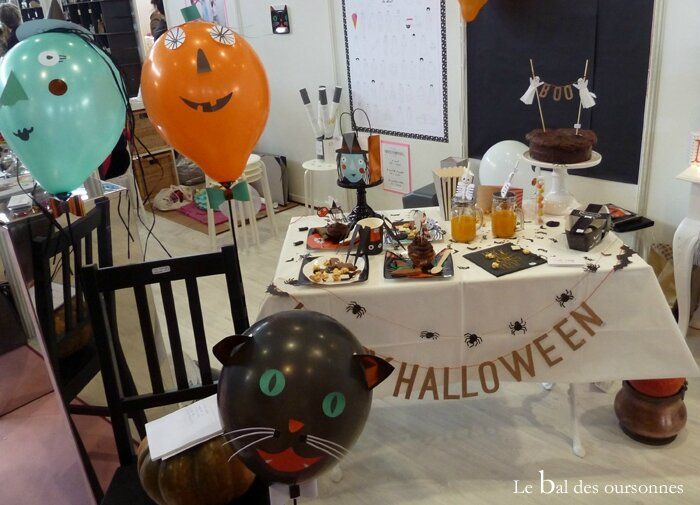 90 Blog Id Créatives Lyon 2015 Décoration table Halloween Holly Party