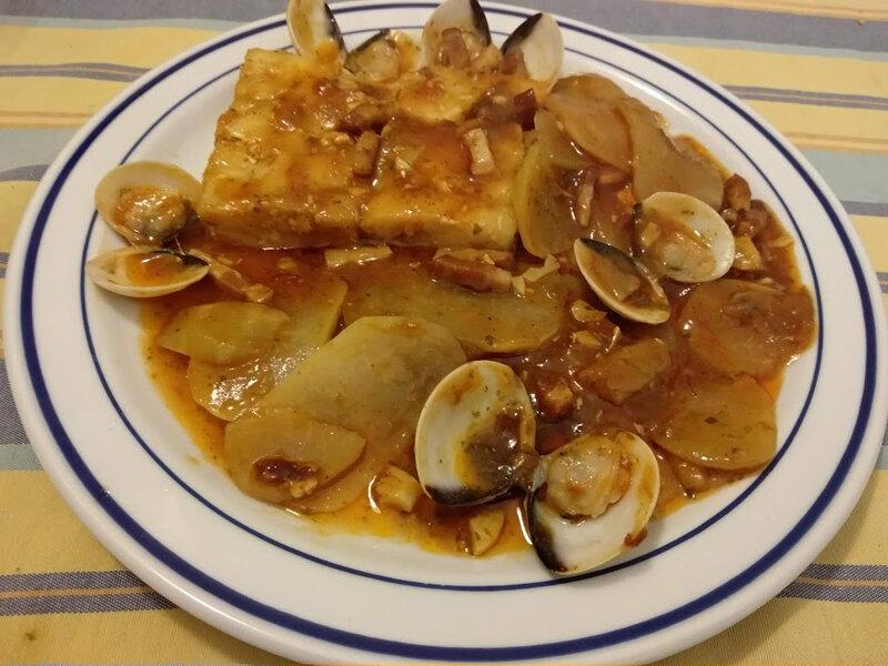 Dos de cabillaud et palourdes à la bisque de homard